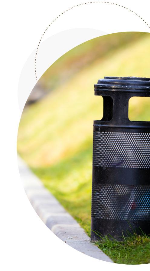 Phot poubelle en métal noir, responsabilité Elargie du Producteur