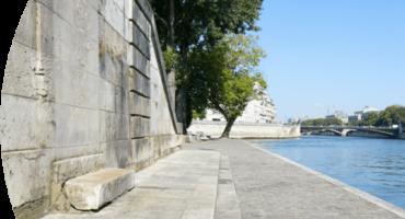 Photo de quai de Seine, ne pas jeter des mégots.